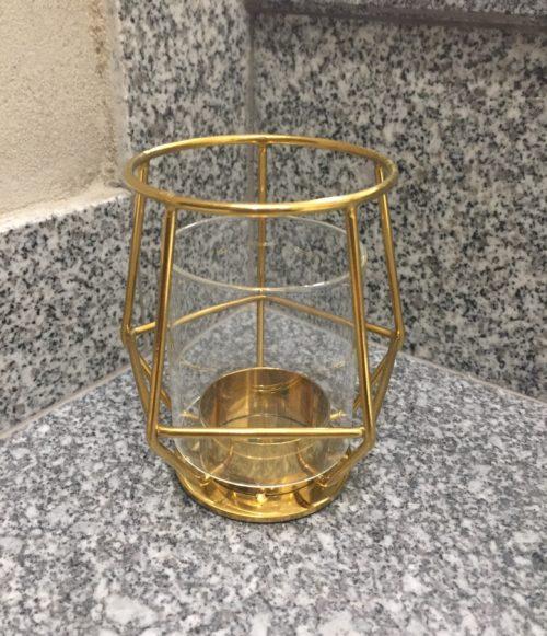 Svícen:Váza šestiúhelník zlatý kovový