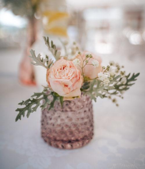 Svícen:Váza skleněný jemně růžový s tečkami2